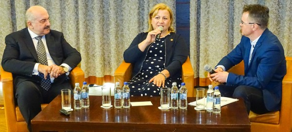Wywiad z założycielami firmy Agrosimex, źródło: www.e-warzywnictwo.pl