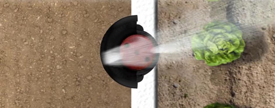 Osłona kątowa – pozwala na jednoczesne zablokowanie strumienia wody z jednej strony zraszacza i odbicie go w przeciwnym kierunku. Jest łatwa w montażu i demontażu.